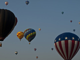 Many People Lift Off in Hot Air Balloons