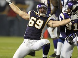 Colts Vikings Football: Minneapolis  MINNESOTA - Jared Allen
