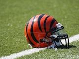 Broncos Bengals Football: Cincinnati  OH - Cincinnati Bengals Helmet