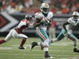 Dolphins Falcons Football: Atlanta  GA - Davone Bess