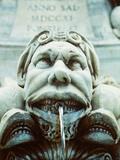 Italy/Rome: figure of Trevi Fountain