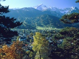 Garmisch Partenkirchen with Zugspitze (Bavaria  Germany)