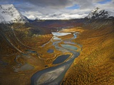Rapa Valley in Fall in Sweden&#39;s Sarek National Park
