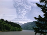 Mount St Helens Erupting