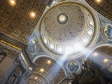 The Ceiling of St Peter&#39;s Bascilica