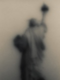 Diffused image of the Statue of Liberty