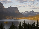 Wild Goose Island at sunrise St Mary Lake  Glacier National Park  Montana
