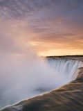 Horseshoe Falls at Sunset from Table Rock Viewpoint  Niagara Falls  Ontario