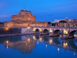 Sant&#39;Angelo Bridge and Castel Sant&#39;Angelo at night