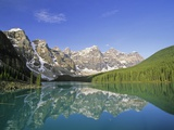 Moraine Lake and the Valley of the Ten Peaks  Banff National Park  Alberta  Canada