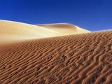 Wind tracks in dunes in the Erg Awbari