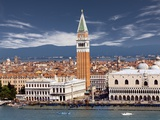 Doge&#39;s Palace and St Mark&#39;s Campanile