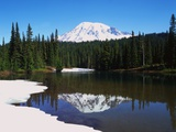 Lake Recfleting Mount Rainier