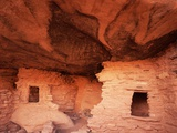 Anasazi Cliff Dwelling Ruins at Red Butte