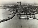 Building of the Triborough Bridge