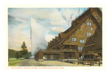Old Faithful Inn  Yellowstone Park  Montana