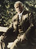 Carl G Jung (1875-1961)