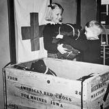 Ww Ii: Red Cross  C1942-43