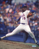 Doc Gooden Mets Pinstripe Jersey Pitching Autographed Photo (H& Signed Collectable)