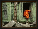 Angkor Wat Temple with Monk  Siem Reap  Cambodia