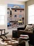 Outdoor Cafe in Piazza Del Duomo