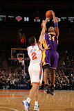 New York Knicks v Los Angeles Lakers  New York  NY  Feb 10: Kobe Bryant  Landry Fields