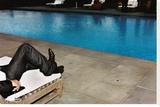 New Jeans, New Pool (Southhampton 2006) Tableau sur toile par Jessica Craig-Martin