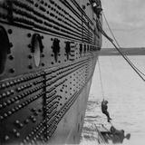 Titanic  Illegal Trader