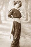 Women's Fashion in 1902