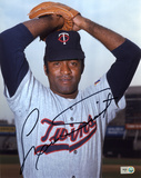 Luis Tiant Minnesota Twins Autographed Photo (Hand Signed Collectable)