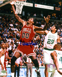 Robert Parish Chicago Bulls Autographed Photo (Hand Signed Collectable)