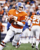John Elway Denver Broncos - THome Runowback Autographed Photo (Hand Signed Collectable)