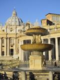 St Peter's Basilica  Piazza San Pietro (St Peter's Square)  Vatican City  Rome  Lazio  Italy