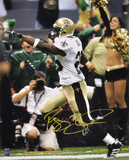 Reggie Bush New Orleans Saints - Pointing Autographed Photo (Hand Signed Collectable)