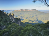 The Three Sisters and Mount Solitary  Blue Mountains  Blue Mountains National Park  Nsw  Australia