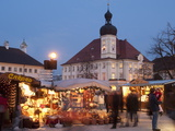 Christmas Market (Christkindlmarkt) Stalls and Town Hall  Kapellplatz  Bavaria