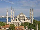 The Blue Mosque (Sultan Ahmet Camii)  Sultanahmet  Central Istanbul  Turkey