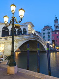 Rialto Bridge on the Grand Canal  Venice  UNESCO World Heritage Site  Veneto  Italy  Europe