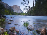 Merced River  Yosemite National Park  California  USA