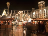 Stalls of Christmas Market  With Baroque Trinity Column in Background  Hauptplatz  Linz  Austria