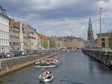Quayside View Along the Fr Holms Canal  Copenhagen  Denmark  Scandinavia  Europe