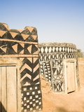 Geometric Design on Mud Brick Dwellings in Tiebele  Burkina Faso  West Africa  Africa