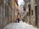 Typical Cobbled Street in the Old Town  Rovinj (Rovigno)  Istria  Croatia  Europe