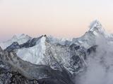 Ama Dablam  6812M  Solu Khumbu Everest Region  Sagarmatha National Park  Himalayas  Nepal  Asia