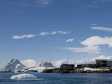 Ukraine Research Station  Antarctic Penisula  Antarctica  Polar Regions