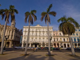 Old Colonial Houses in the Center of Havana  Cuba  West Indies  Caribbean  Central America