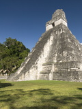 Temple No 1 (Jaguar Temple)  Tikal  UNESCO World Heritage Site  Peten  Guatemala