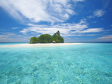 Tropical Island Surrounded By Lagoon  Maldives  Indian Ocean  Asia