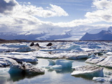 Icebergs in Glacial Lagoon at Jokulsarlon  Iceland  Polar Regions