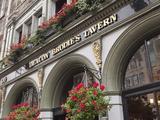 deacon-brodie-s-tavern-royal-mile-old-town-edinburgh-scotland-uk.jpg